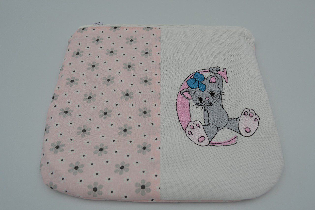 Trousse plate/broderie/souris